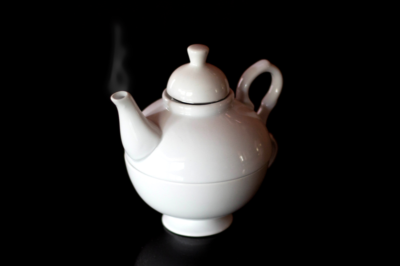 Teapot with Steam